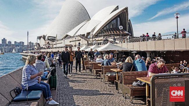 Mulai menurunnya tingkat pengangguran di Australia memberi harapan dampak resesi mulai memudar di tengah pandemi.