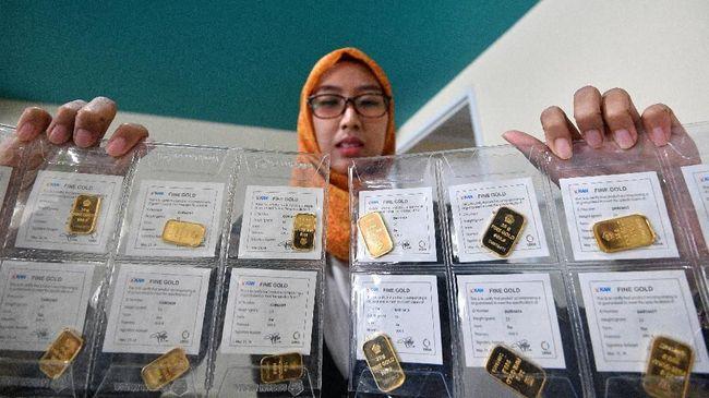 Harga emas Antam naik Rp5.000 per gram menjadi Rp772 ribu per gram usai kesepakatan dagang AS-China diteken.