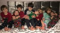 <p>Sue dan Noel juga pernah kehilangan salah satu anaknya di usia kehamilan 23 minggu. (Foto: Instagram/theradfordfamily)</p>