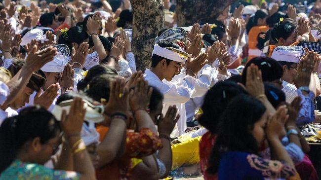 Umat Hindu Dharma di Bali merayakan Hari Suci Galungan pada Rabu (26/12) hingga 5 Januari 2019 mendatang.