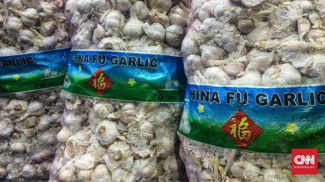 Bareskrim Polri menyebut bahwa bawang putih benih yang mengandung cacing memiliki kulit yang tebal dan berwarna kuning.