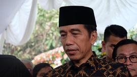 Jokowi Titahkan Erick Thohir Selesaikan Masalah Jiwasraya