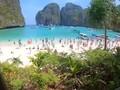 VIDEO: Banjir Pengunjung, Pantai Maya Bay Thailand Ditutup