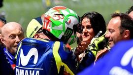 Rossi Jawab Rumor Menikah dengan Francesca Sofia