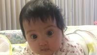 <p>Lihat deh, mata belo dan pipi chubby Kylie bikin dia tambah nggemesin. (Foto: Instagram/@andisorayabeatrix)</p>