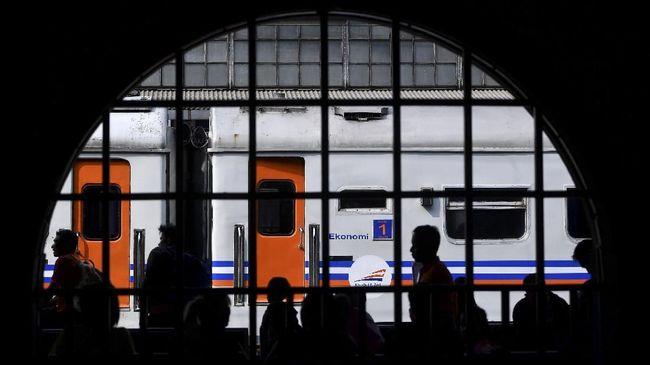 PT KAI akan memberangkatkan tujuh perjalanan kereta baru dari Stasiun Senen dan Stasiun Gambir mulai 1 Desember.