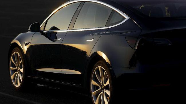 Dukung Industri Otomotif, Model 3 akan Dijual Akhir Bulan Ini