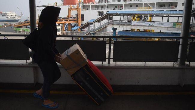 BMKG memperingatkan potensi gelombang tinggi di sekitar perairan Selat Sunda dan Jawa dekat Pelabuhan Merak dalam beberapa hari ke depan.