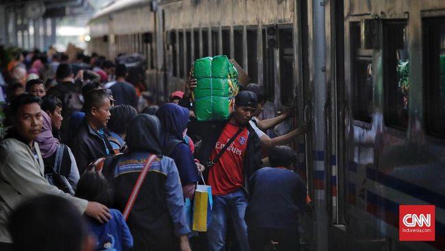 Pemudik Melonjak, Jumlah Kereta dari Stasiun Gambir Bertambah