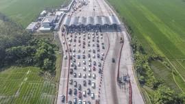 Arus Balik Kendaraan Lintasi GT Palimanan Mulai Berkurang