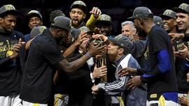 FOTO: Golden State Warriors Raih Gelar Keenam NBA
