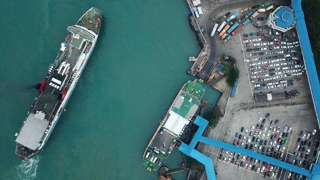 ASDP Indonesia Ferry menunggu aturan Permenhub terkait penutupan penyeberangan kapal laut, termasuk Merak-Bakauheni.