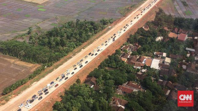 Presiden Jokowi menyatakan 450 hektare (ha) dari total 4.300 ha lahan yang disiapkan di Kawasan Industri Batang, Jawa Tengah, sudah siap dipakai.