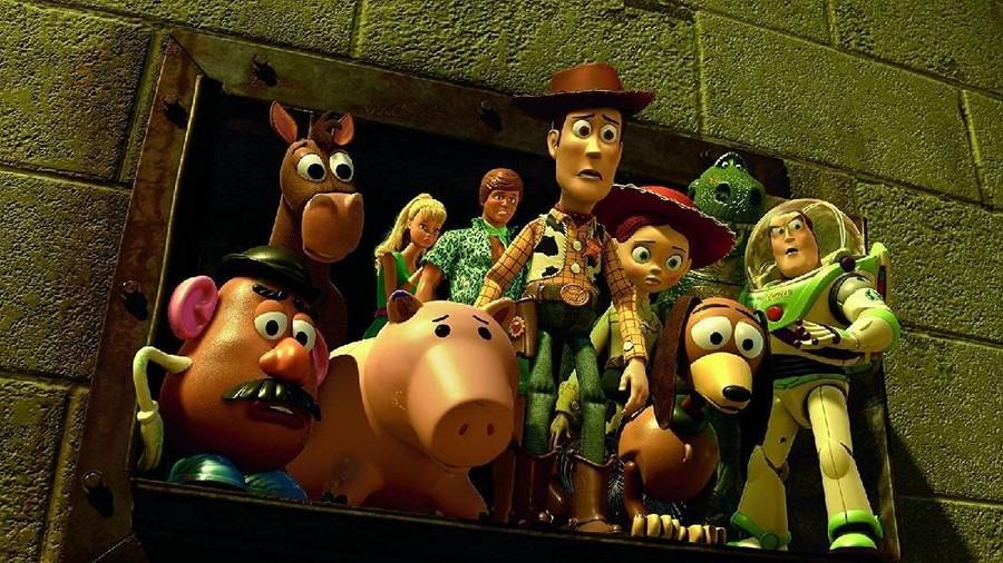 6 Manfaat Nonton Film Kartun seperti 'Toy Story 4' untuk Anak