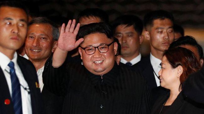 Jempol Trump buat Kim Jong-un di Pertemuan Bersejarah