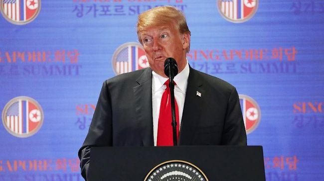 Warga Inggris kampanyekan lagu 'American Idiot' Green Day untuk sambut kedatangan Donald Trump, Jumat (13/7) mendatang.
