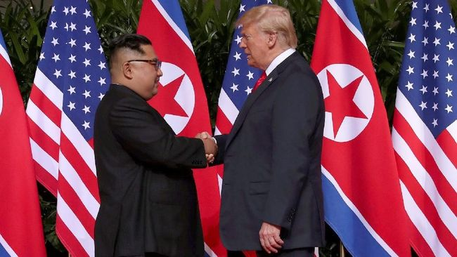 Presiden AS Donald Trump menyebut surat dari Pemimpin Korea Utara Kim Jong Un sebagai