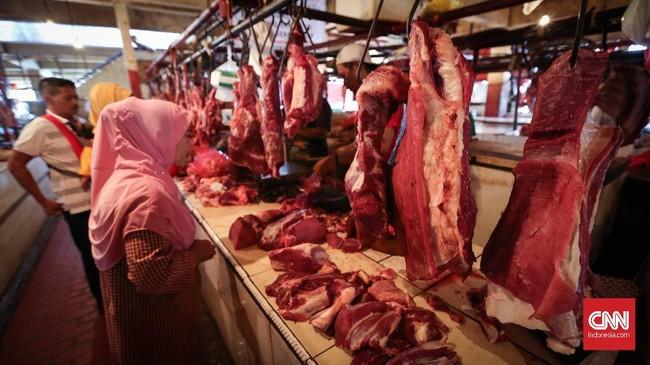 Pedagang 'Tongpes' di Tengah Kenaikan Harga Daging Sapi