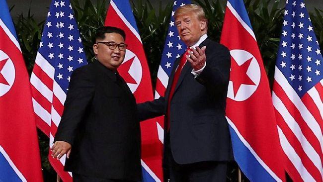 Trump Akan Telepon Kim Jong-un saat Hari Ayah