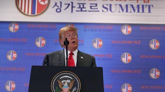 Usai pertemuan bersejarah dengan Kim Jong-un, Donald Trump menyatakan sepakat menghentikan latihan militer gabungan Amerika Serikat dan Korea Selatan.