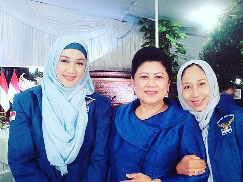 Dina Lorenza Kenang Panggilan Sayang dari Bu Ani Yudhoyono