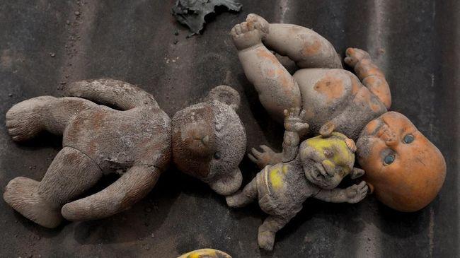 Sedikitnya 110 orang tewas dan 197 asih hilang pasca letusan sejak dua pekan lalu.