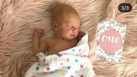 Bayi cantik ini diberi nama Alaia Moana. (Foto: Instagram @lamamatropicana)