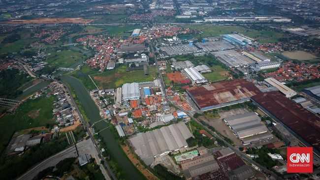 Moody's menyebut masalah infrastruktur membuat investasi Indonesia kalah dibanding Vietnam.