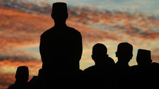 Anggota Tim Hisab Rukyat Kemenag Cecep Nurwendaya memprediksi 1 Ramadan akan jatuh pada Senin (6/5).