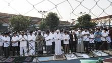 MUI Persilakan Zona Hijau Gelar Salat Ied di Masjid-Lapangan