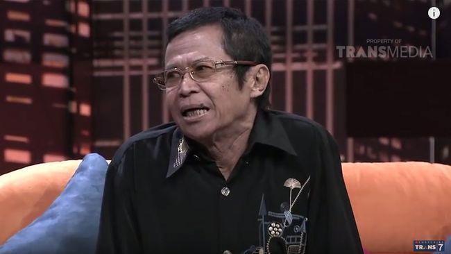 Pelawak Nurbuat yang pernah bergabung dengan Srimulat sejak 1982, meninggal pada Kamis (14/6) malam di Rumah Sakit Harum, Jakarta Timur.