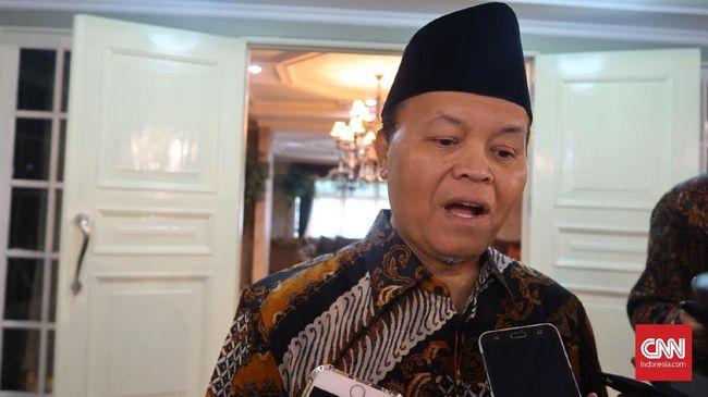 Hidayat Nur Wahid mengatakan seharusnya Presiden Jokowi memberi contoh kepada publik bagaimana menjalankan roda pemerintahan tanpa disertai politik kebohongan.