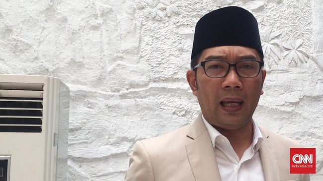 Gubernur Jawa Barat Ridwan Kamil yakin virus corona sudah menyebar dimana-mana, karena berdasarkan rapid test 15 ribu orang, 677 positif Covid-19.