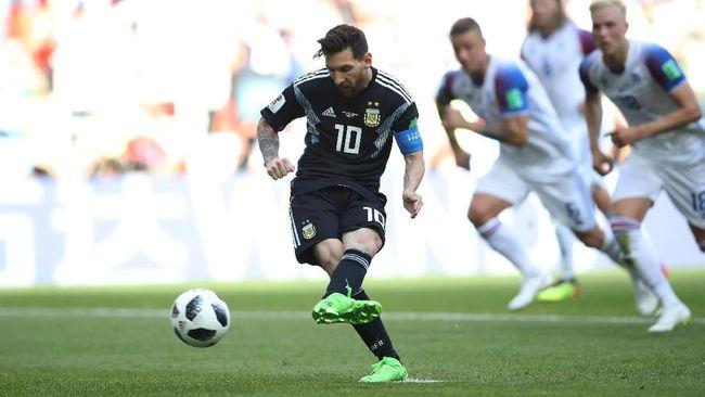 Duel antara Argentina melawan Kroasia digelar di Stadion Nizhny Novgorod, Jumat (22/6) dini hari WIB. Berikut prediksi pertandingan Argentina vs Kroasia.