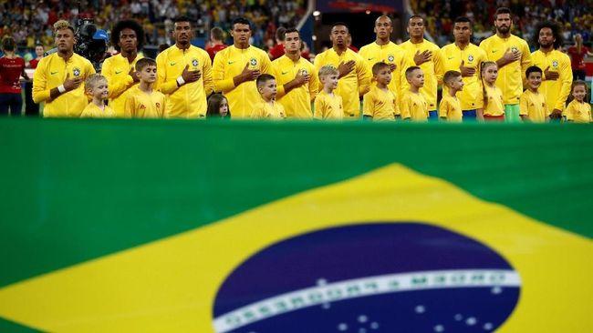Timnas Brasil menyodok ke puncak klasemen sementara Grup E Piala Dunia 2018. Berikut klasemen sementara Grup E Piala Dunia 2018.
