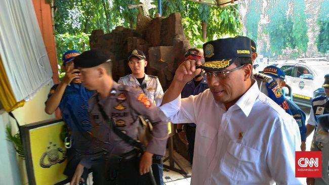 Menteri Perhubungan Budi Karya Sumadi mengaku masih ada sebagian warga yang belum rela membebaskan lahannya untuk pembangunan Pelabuhan Patimban.