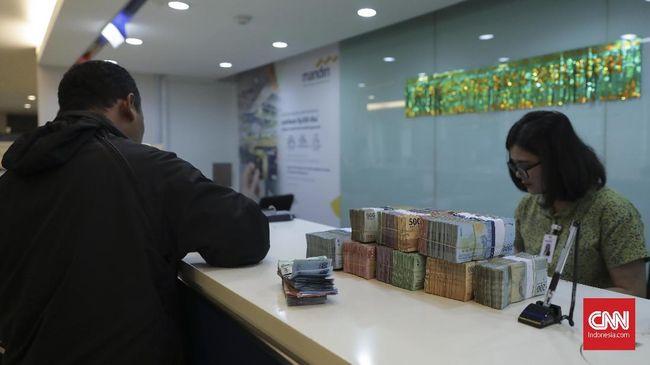 Hingga kuartal ketiga tahun ini, Bank Mandiri tercatat telah mengantongi Rp18,1 triliun, tumbuh 20 persen dibandingkan periode yang sama tahun lalu.