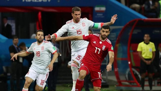 Timnas Spanyol masih kerap kerepotan menghadapi serangan tim yang bermain dengan strategi 'parkir bus' seperti Iran di Piala Dunia 2018.