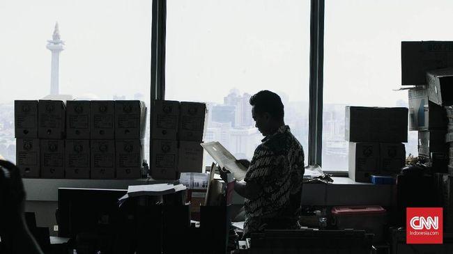 Sejumlah staf di Lantai 7 Gedung G Balai Kota DKI Jakarta reaktif covid-19 berdasarkan hasil rapid test.