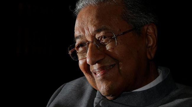 Perdana Menteri Malaysia, Mahathir Mohamad, menyindir Myanmar dan PBB tentang masalah etnis Rohingya yang tak kunjung selesai.