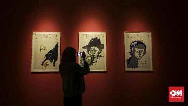 Seniman Goenawan Mohamad dan Hanafi menggelar kolaborasi pameran seni yang diberi tajuk '57 x 76,' diambil dari usia mereka.