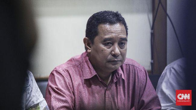 Kemendagri menyebut efek negatif pilkada langsung membuat para kepala daerah terjerat korupsi untuk mengembalikan modal ongkos kampanye.