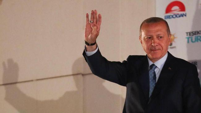 Komisi Pemilu Turki memutuskan menggelar penghitungan suara ulang di Istanbul dan Ankara menyusul protes Partai AKP, partai pimpinan Erdogan.