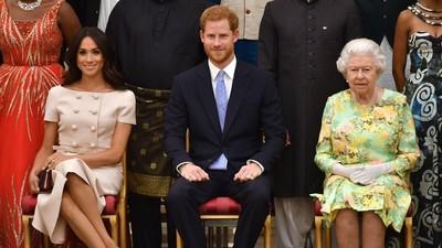 Ratu Elizabeth Diam-diam Kunjungi Kediaman Harry dan Meghan