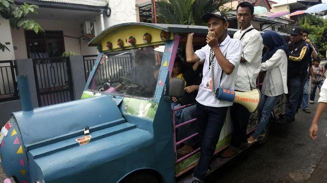 Komunitas Odong-odong akan mengirim surat ke Wali Kota Jaktim untuk memprotes kebijakan larangan odong-odong beroperasi di jalanan DKI Jakarta.