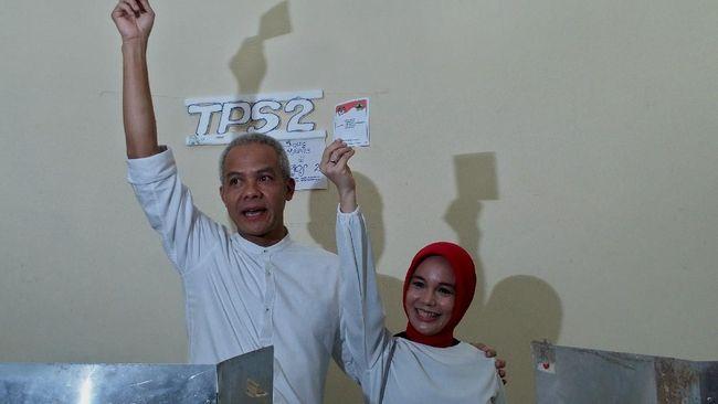 Dari 97,83 persen suara yang masuk hitung riil KPU, Ganjar Pranowo meraih 58,83 persen suara, unggul sekitar 17 persen dari pasangan Sudirman Said-Ida Fauziah.