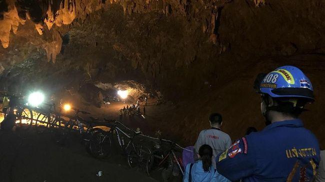 Di Balik Penyelamatan Belasan Remaja di Gua Thailand