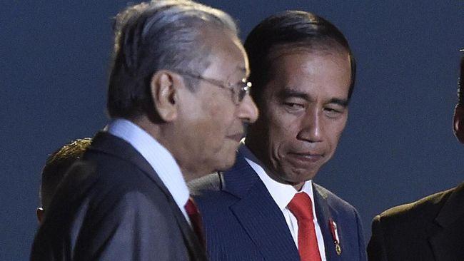 Presiden Jokowi bersama PM Malaysia Mahathir Mohammad menyurati Komisi Uni Eropa bersama-sama menolak larangan penggunaan sawit dalam bahan bakar.