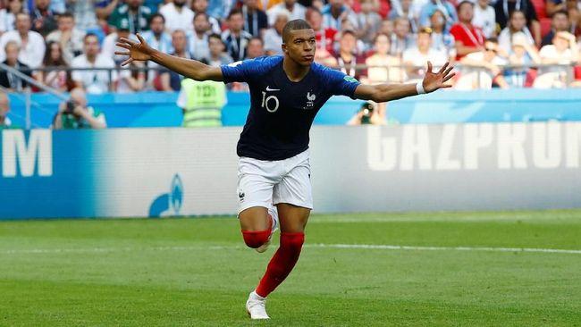 Penyerang bernomor punggung 10 milik timnas Prancis, Kylian Mbappe menjadi buah bibir netizen berkat dua golnya ke gawang timnas Argentina, Sabtu (30/6).