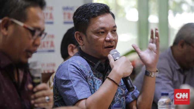 Wakil Ketua Komisi VIII DPR dari Fraksi Golkar Ace Hasan Syadzily meminta Ikatan Dokter Indonesia (IDI) melakukan eksekusi hukuman kebiri kimia.